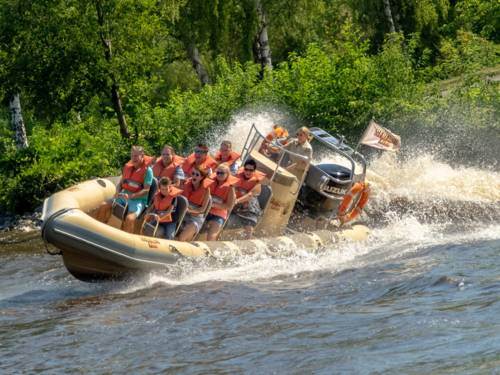 Splash-Safari im Serengeti Park - Safari im Motorboot